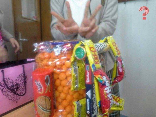 snackpack hands