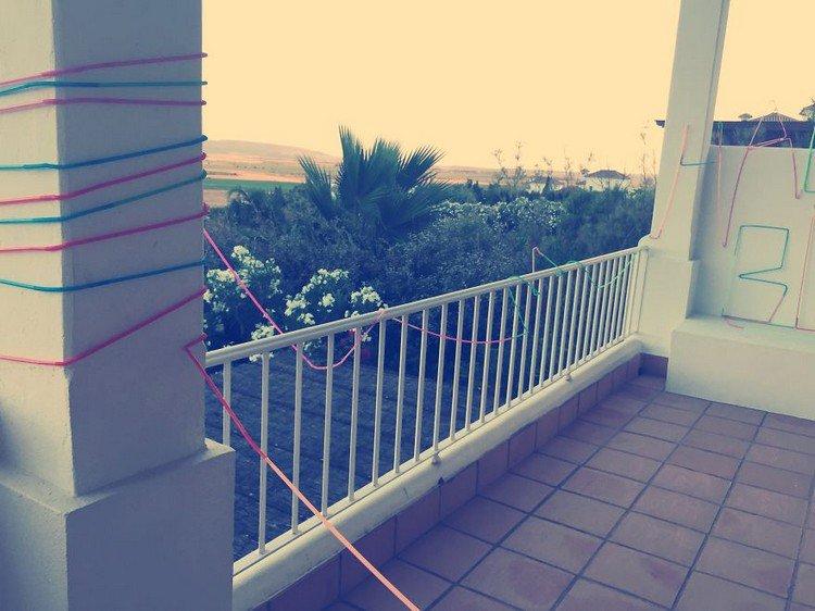 straw post balcony