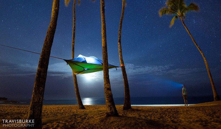 suspended tent beach