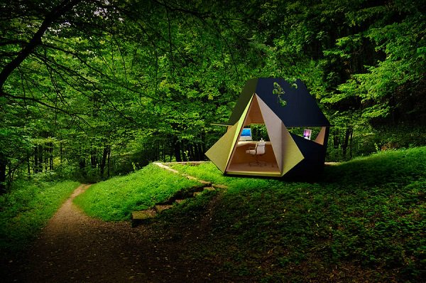 tetra shed office outdoors