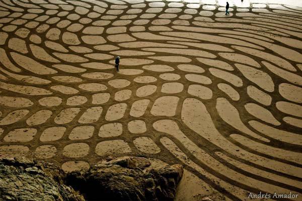 andres-amador-beach-art-pod