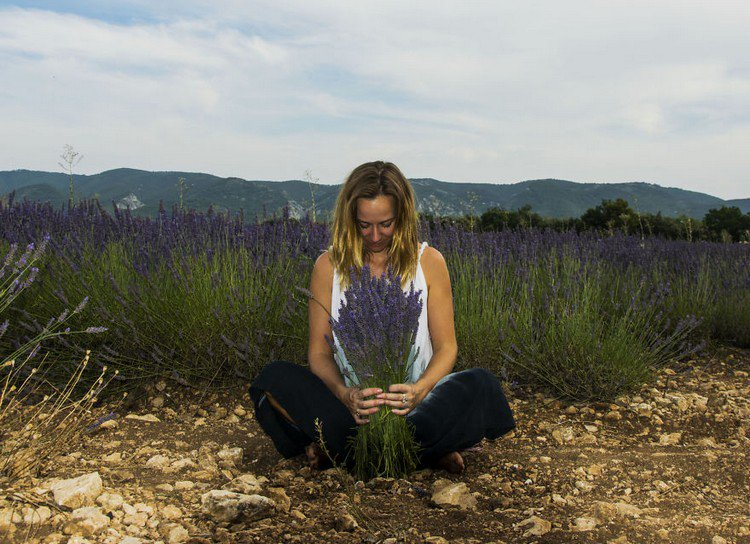 artist with lavender