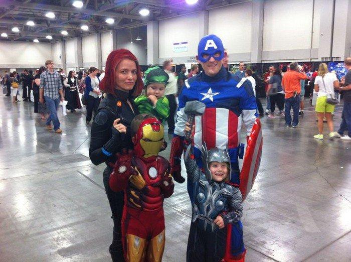 avengers family cosplay