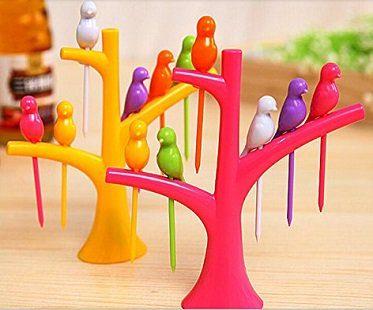 bird party picks and tree