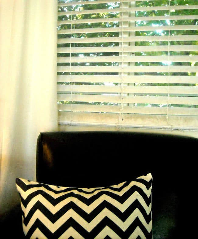 blinds chair