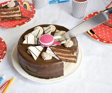 cake divider cake
