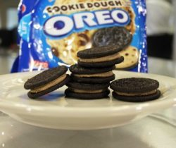 cookie dough oreo