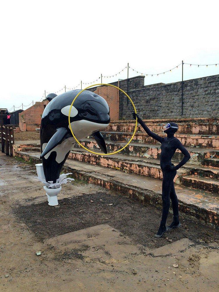dismaland dolphin hoop