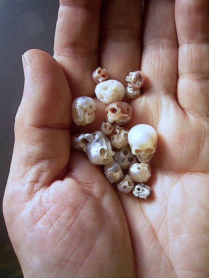 handful of skull pearls