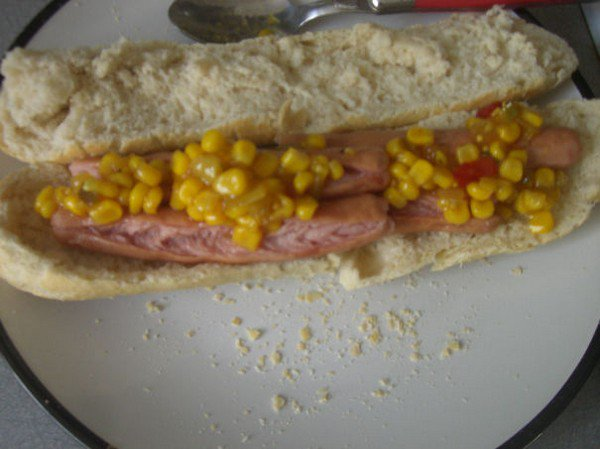 hot dogs bun sweetcorn