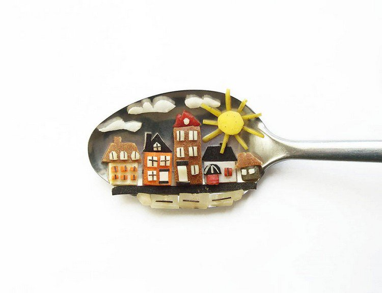 houses on spoon