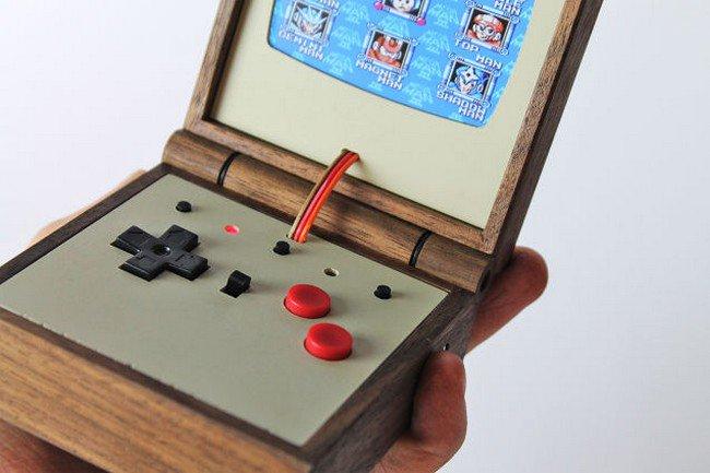 Love Hulten Creates This Beautiful Wood-Encased Game Boy