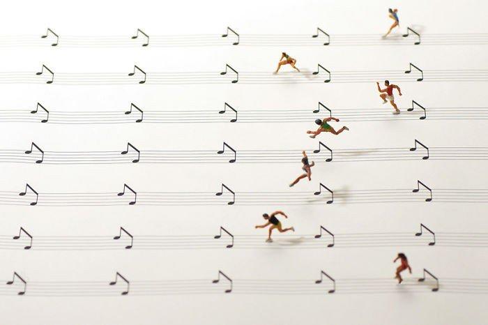 music paper hurdles mini