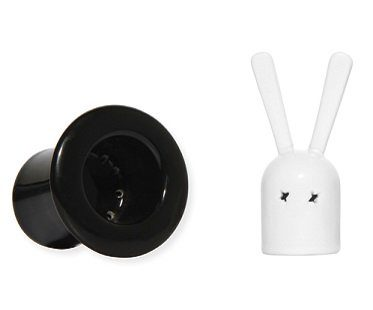 rabbit in a hat salt and pepper shakers set