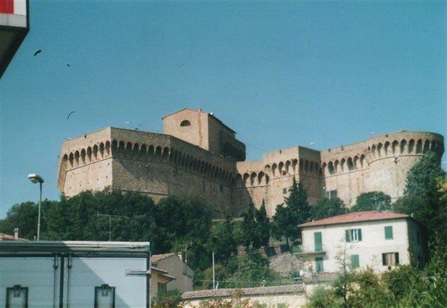 restaurant-fortress