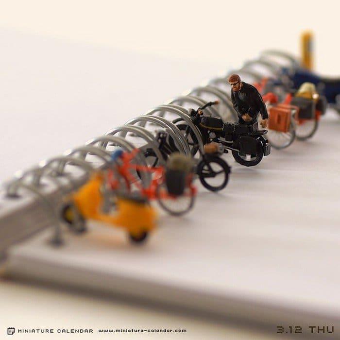 ringbinder mini bike stand