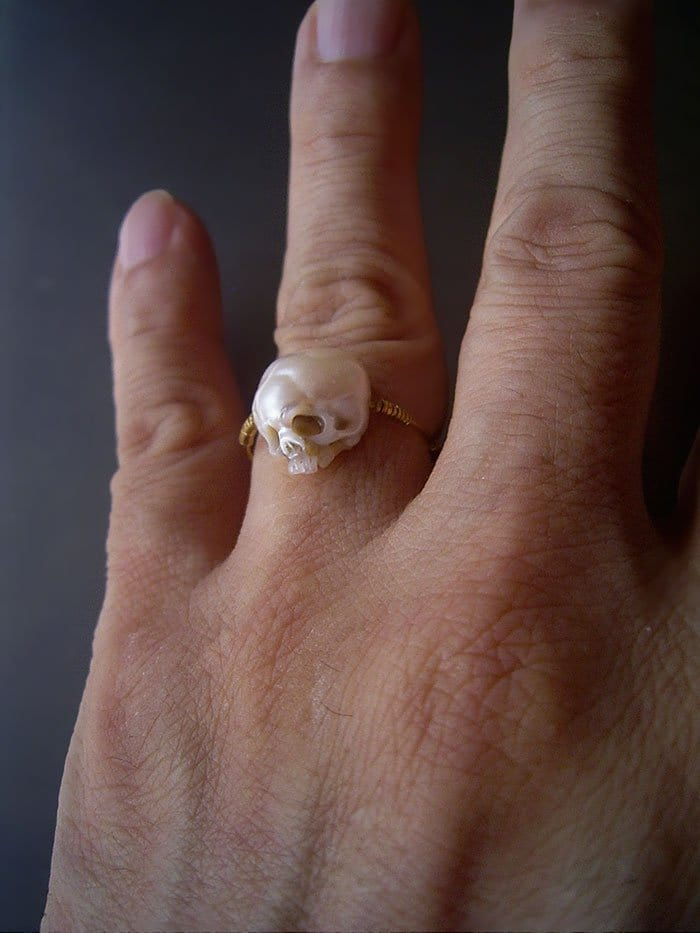 skull pearl ring
