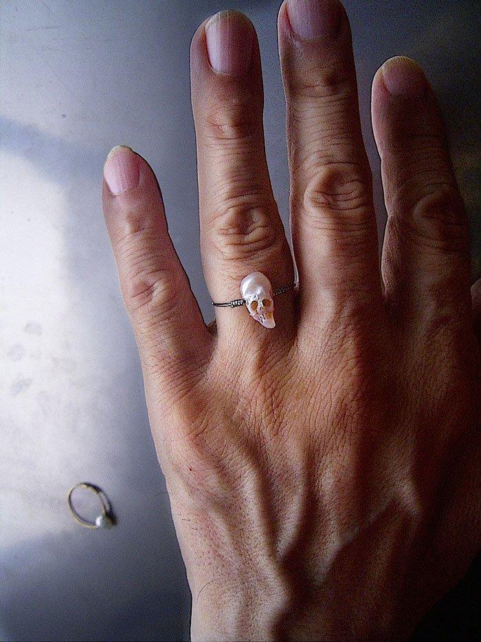 skull pearl silver ring