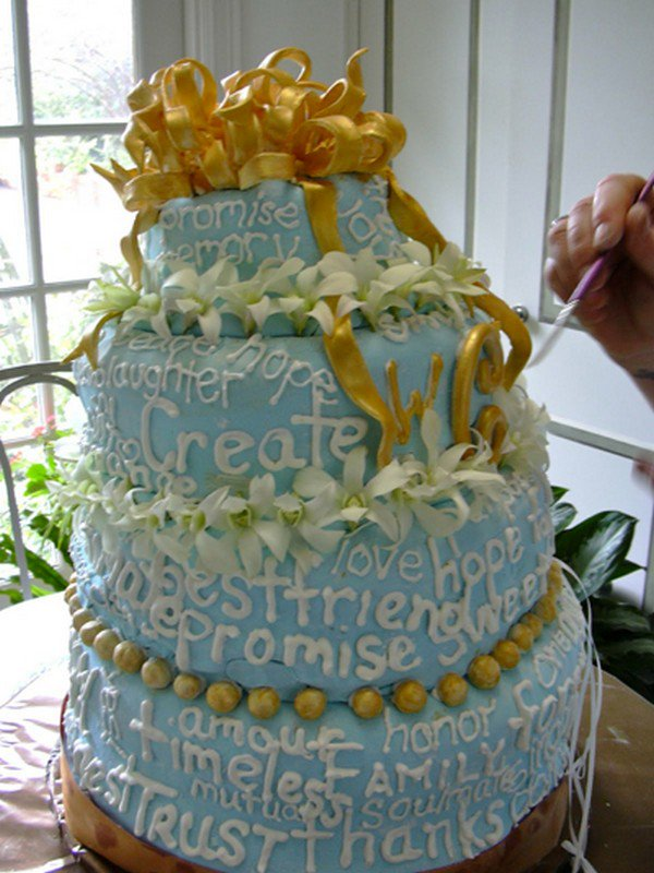 wedding cakes with writing 17 of the most disastrous wedding cake fails 26140