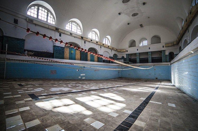 abandoned-pool