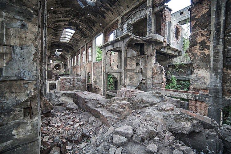 abandoned-rubble