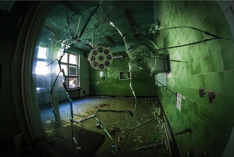 abandoned-window