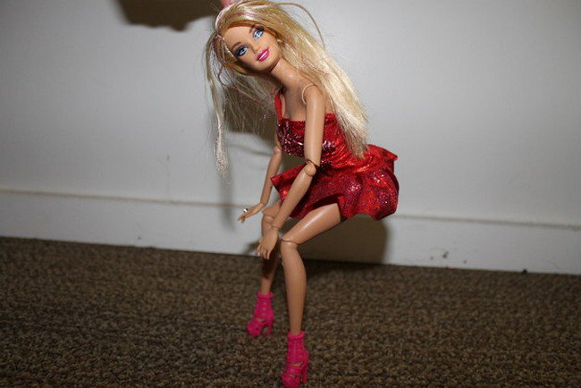barbie dancing alone