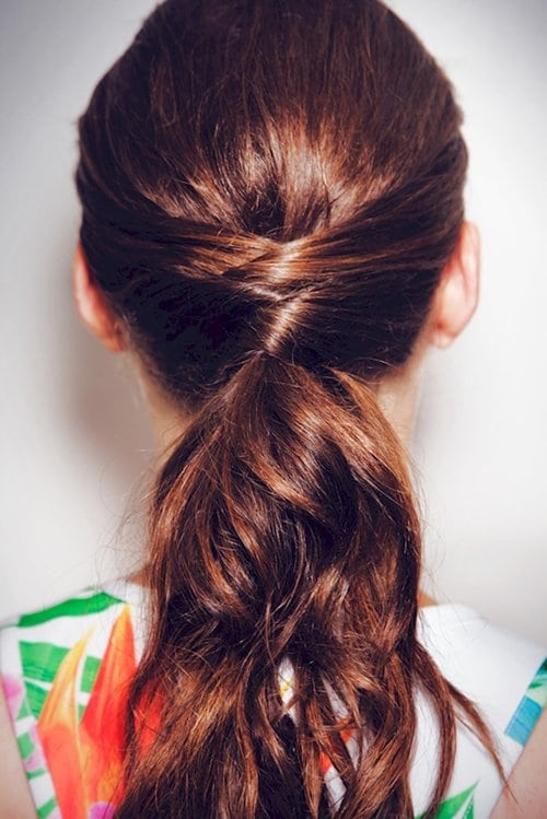 beauty-hacks-pony-tail
