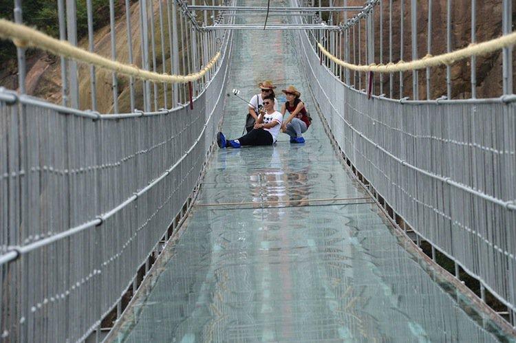 bridge-sittin