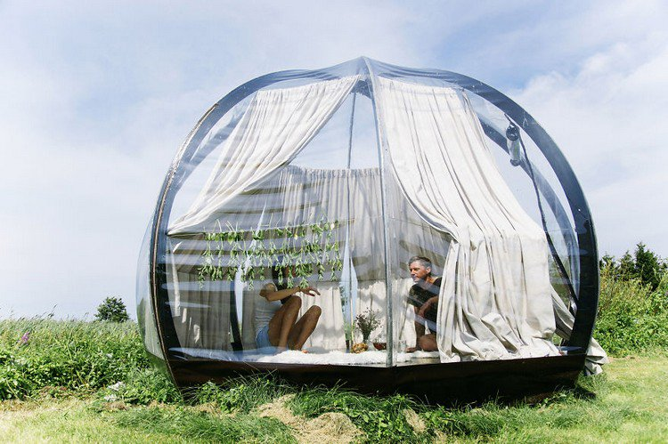 couple in dome