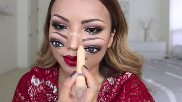 double-face-makeup-bottom