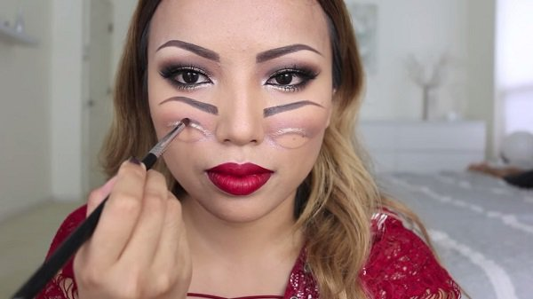 Find Out How To Do Freaky Double Vision Makeup For Halloween - How To Do Halloween Makeup