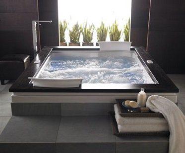 dual whirlpool bathtub