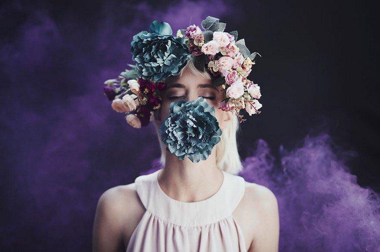 flower woman smoke
