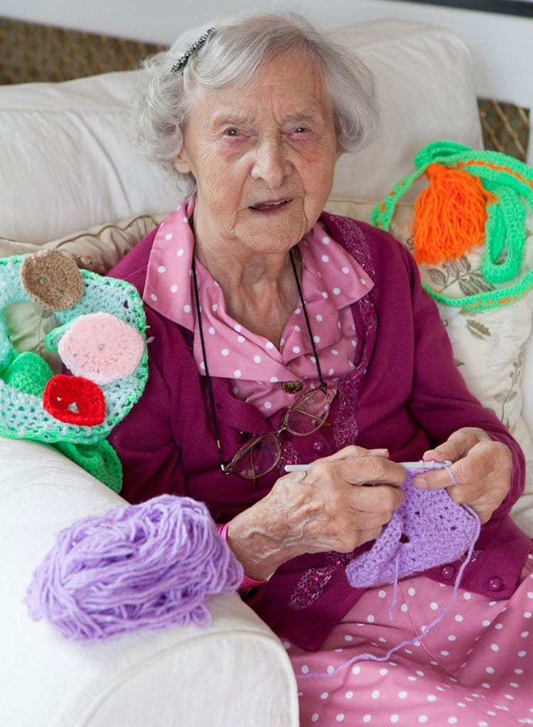grace-brett-104-year-old-yarn-bomber-home