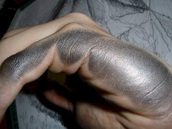 hand smudged