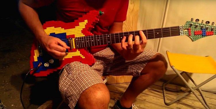 lego-guitar