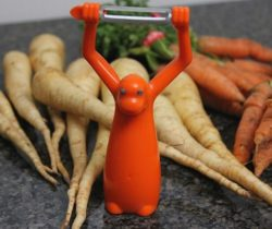 monkey vegetable peeler