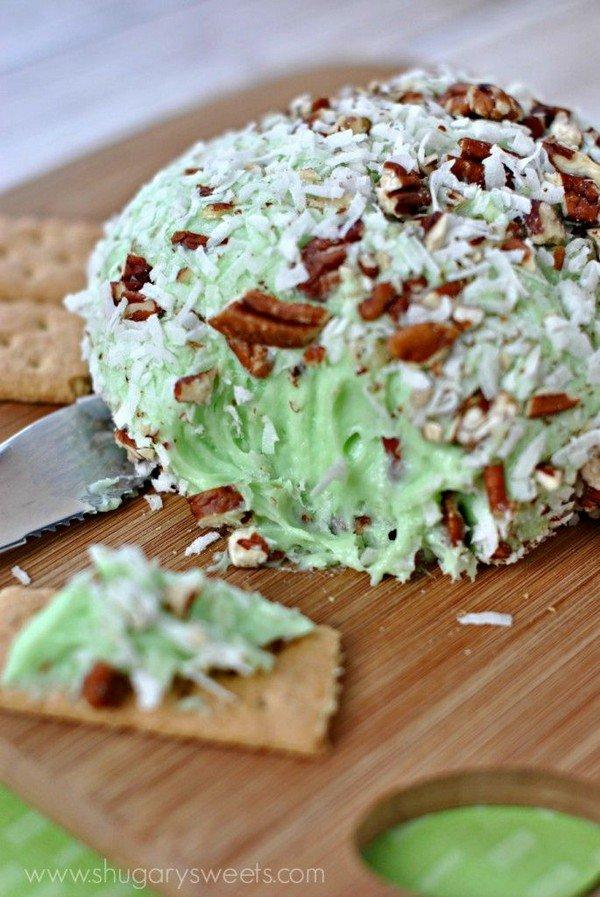 pistachio cheeseball