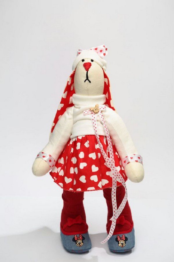 red hearts doll