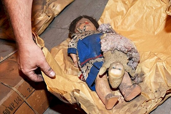 secret-czech-attic-more-dolls