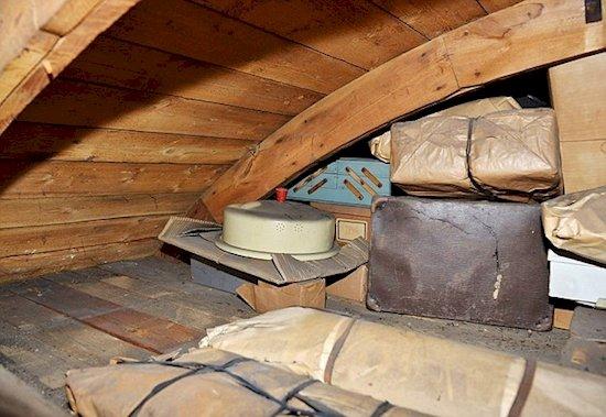 secret-czech-attic-packages