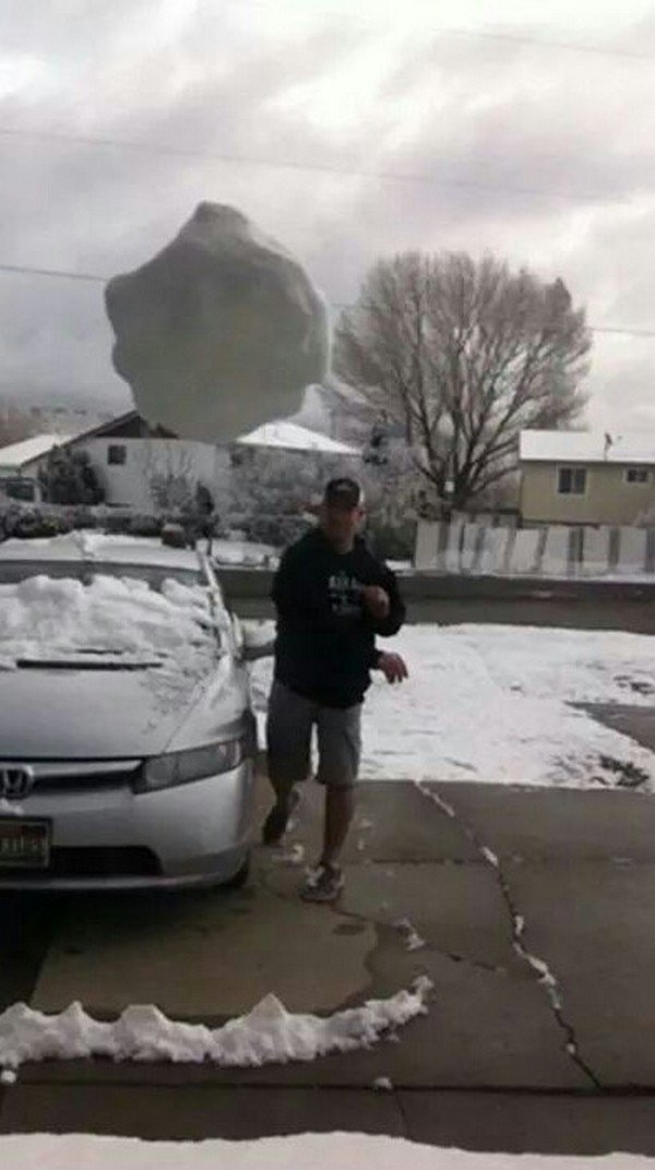 snowball throw camera