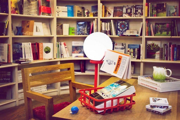 stork lamp table