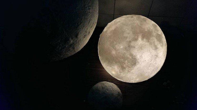 trio luna lamps