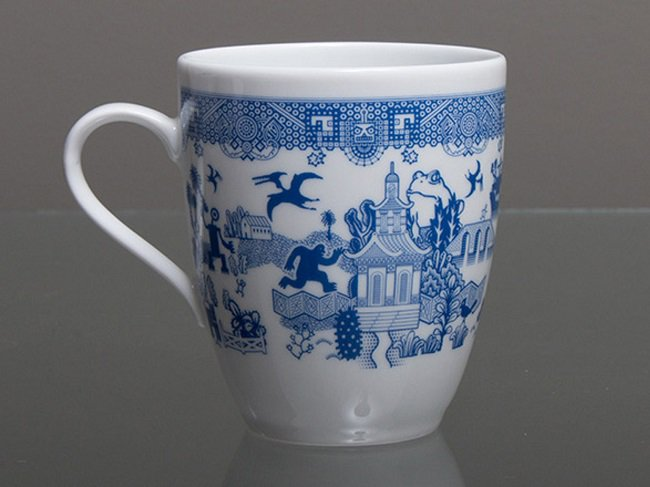 willow-pattern-monster-mugs-close