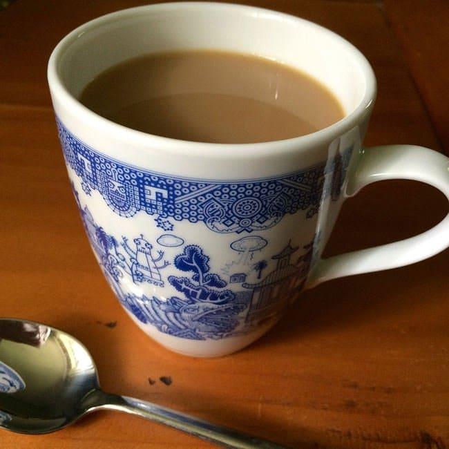 willow-pattern-monster-mugs-tea
