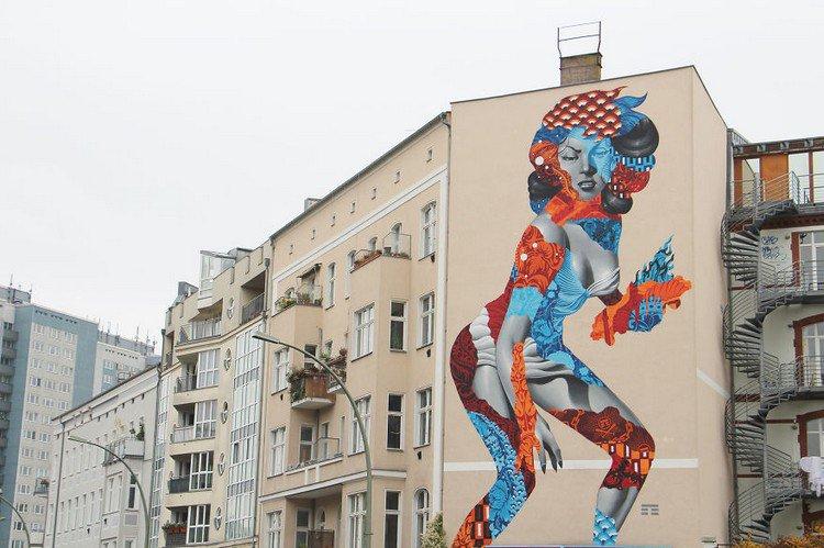 50 foot woman mural berlin