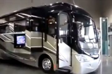 Luxury Bus Rennovation Home