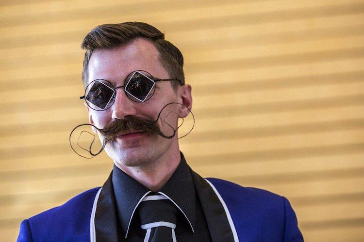beard-tache-winner